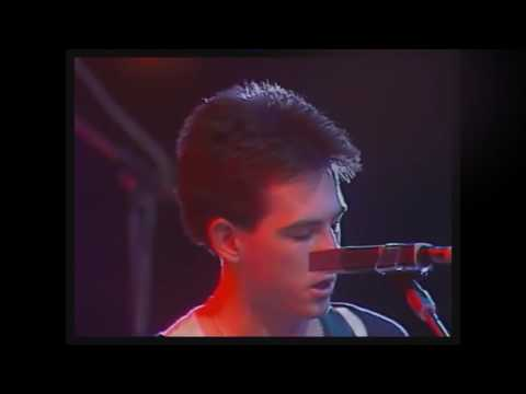 The Cure - A Forest * first ever TV performance Dec 79