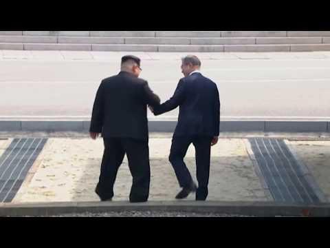 Kim Jong Un Crosses to South, Greets Moon