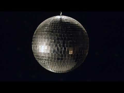 Mitski - Two Slow Dancers (Official Lyric Video)