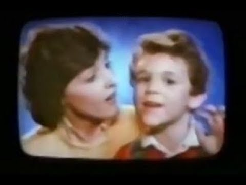 Pac-Man Children's Chewable Multi-Vitamin Plus Iron with Fred Savage (Commercial, 1983)