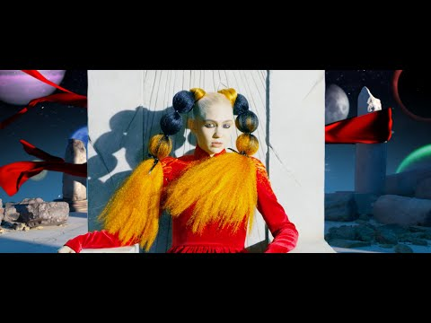 Grimes - Delete Forever (Official Video)