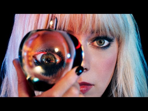 "CHROMATICS ""BLUE GIRL"""