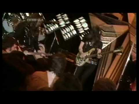 MOTORHEAD - Overkill (1979 UK Top Of The Pops TV Appearance) ~ HIGH QUALITY HQ ~