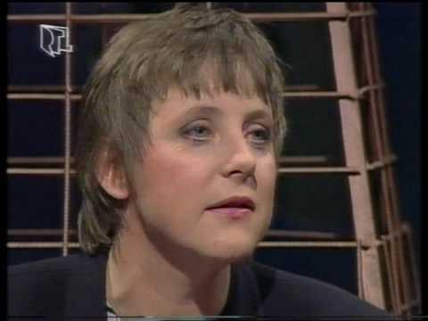 Explosiv - Der heisse Stuhl (Angela Merkel, 1992) - 1/4