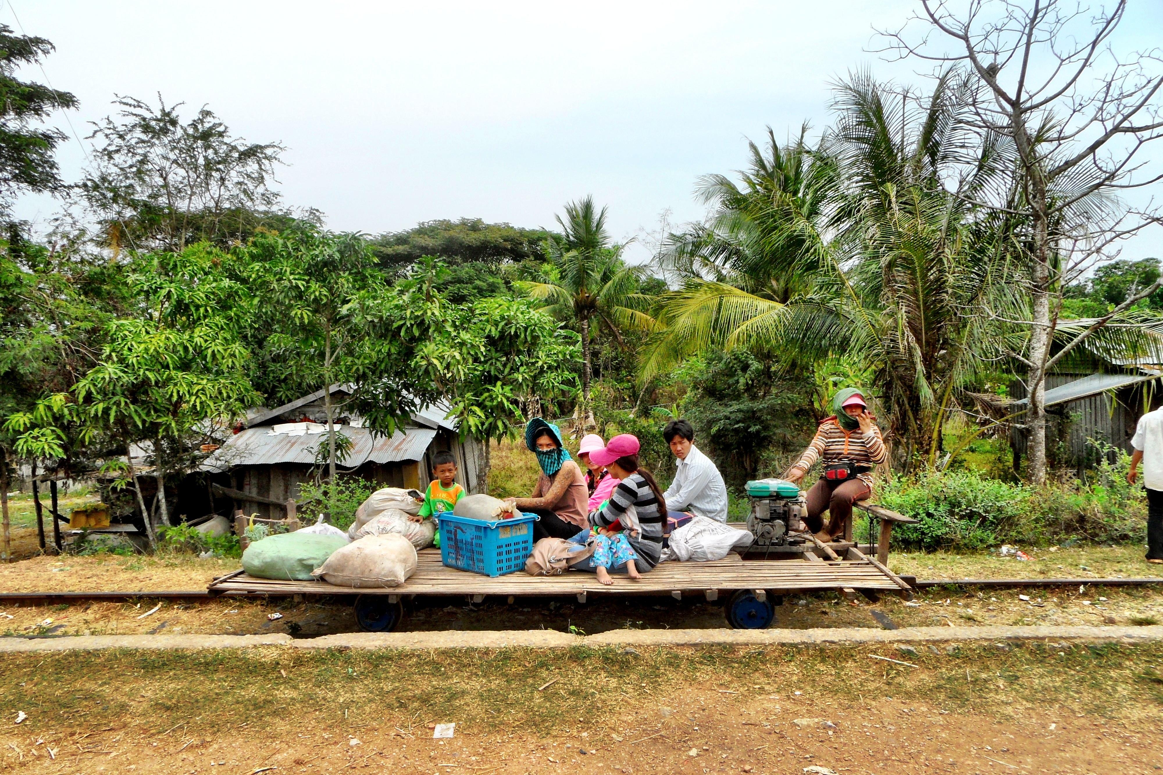 Kambotscha: eine Fahrt mit dem Bamboo-Train durch Battambang