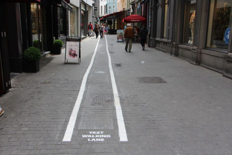 Text-Walking-Lane-2