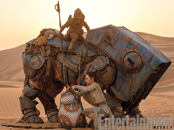 12-New--Star-Wars-The-Force-Awakens--Photos-2