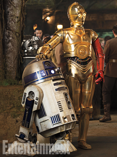 12-New--Star-Wars-The-Force-Awakens--Photos-9