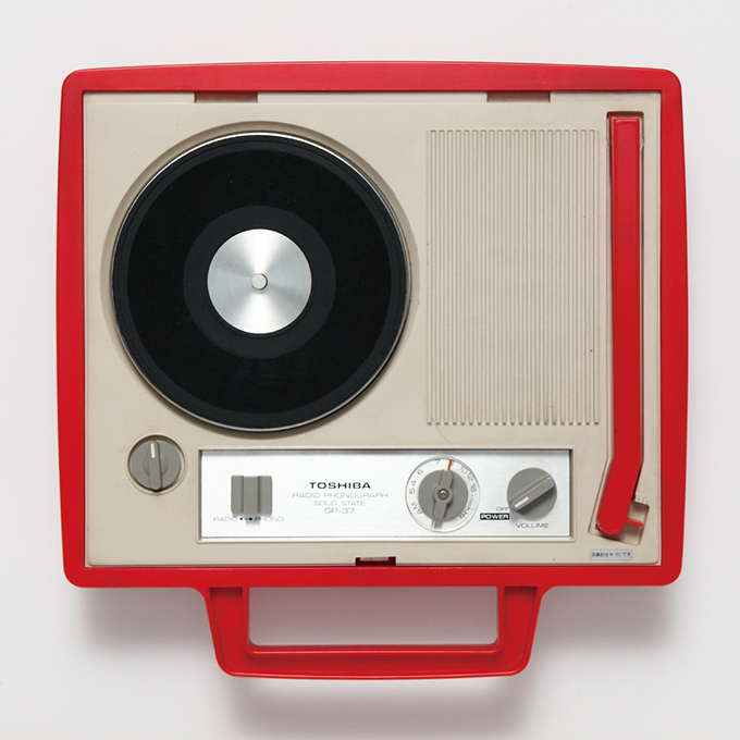 japanese-portable-record-players-4
