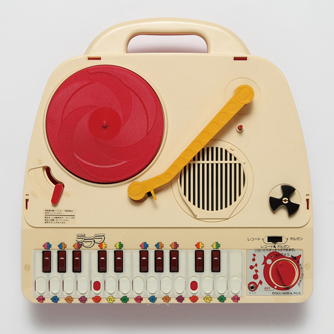 japanese-portable-record-players-6