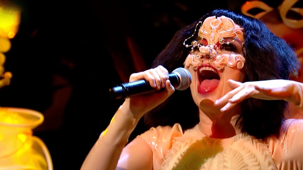 Björk performt bei Later… with Jools