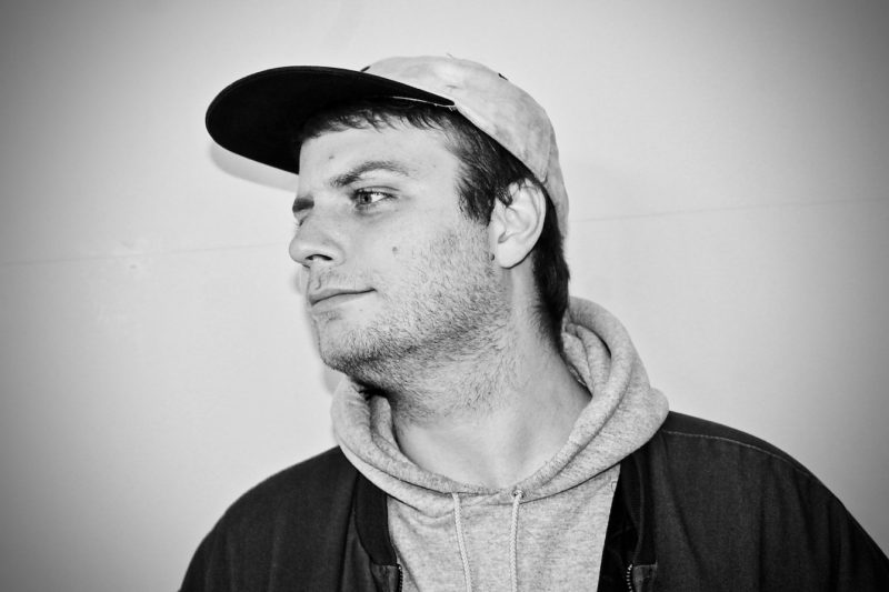Mac DeMarco singt 'The Christmas Song'