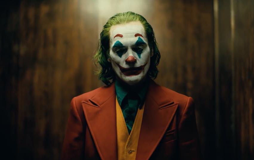 Joaquin Phoenix lässt seinen 'JOKER' von der Leine (Trailer)