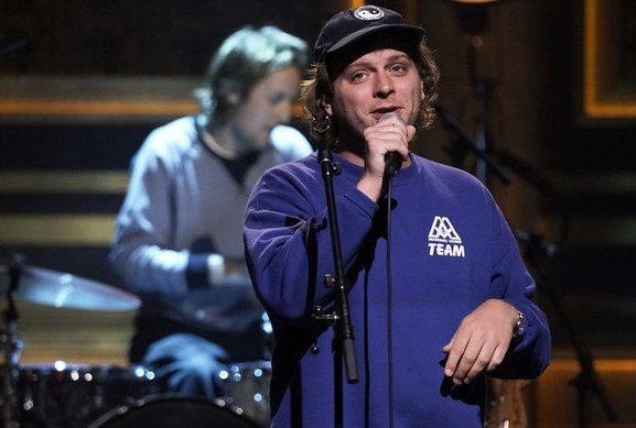 Mac DeMarco performt 'All of Our Yesterdays' bei Jimmy Fallon