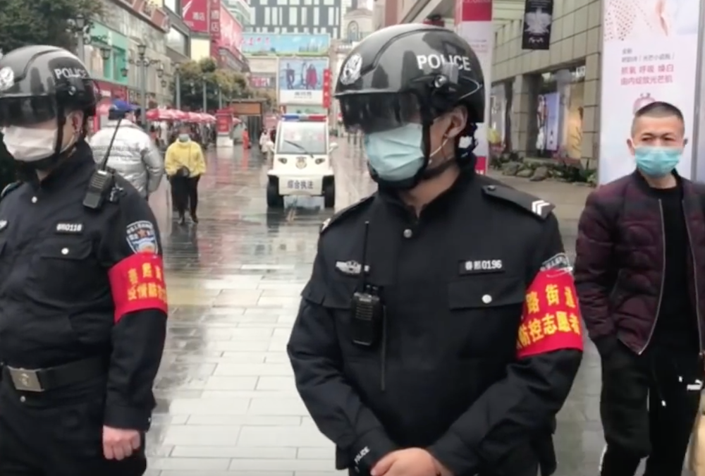 Helmets with Smart Scanners to fight Corona