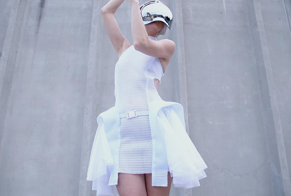 'Proximity Dress' - Robotic Personal Space Defender
